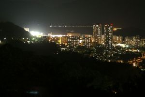 西風新都の夜景