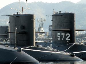 潜水艦出航