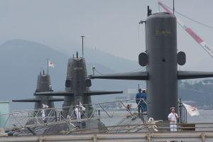 午前8時の潜水艦