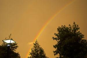夕陽と虹と
