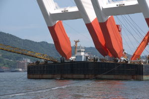 起重機船「武蔵」