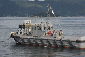 潜水艦出港準備-2