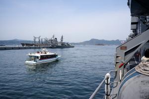 海から艦艇観光