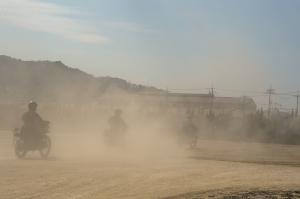 砂塵の舞い