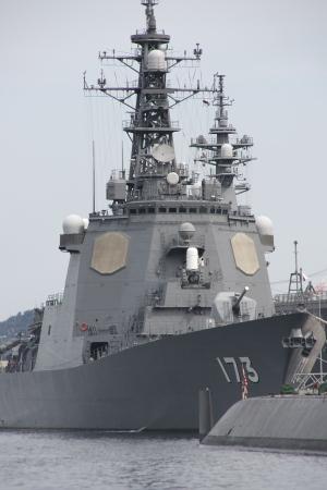 イージス護衛艦