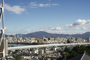 江波山気象館へ