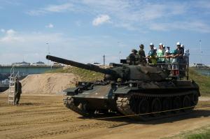 74式戦車体験搭乗