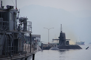呉基地の潜水艦シーン