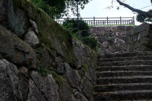 大竹市・亀居城跡地へ