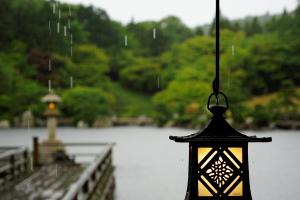 雨の三景園