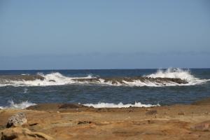山陰海岸の波