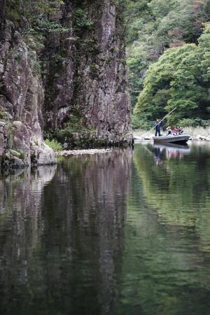 三段峡黒渕の渡し船