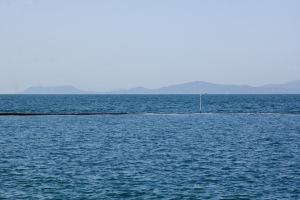 県民の浜・水没防波堤