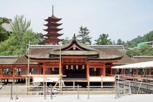 日曜日の厳島神社-2